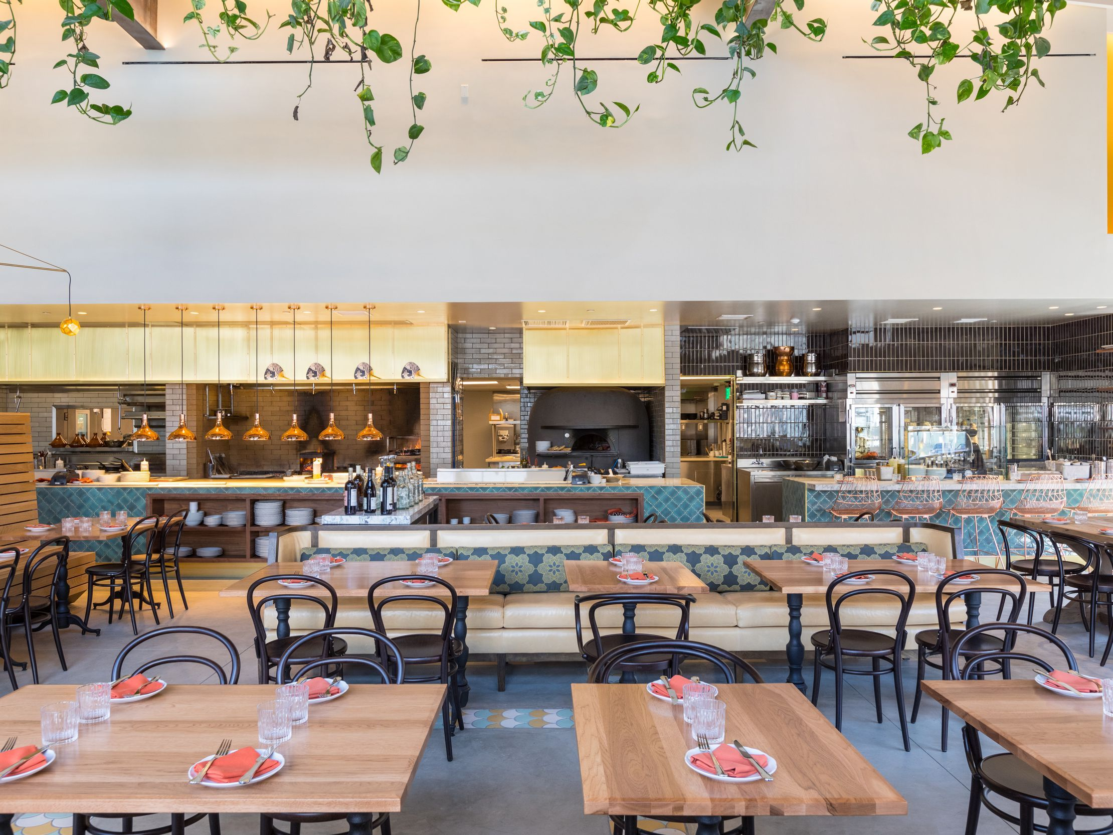 The 17 Best New Restaurants In Los Angeles Tsp Coworking