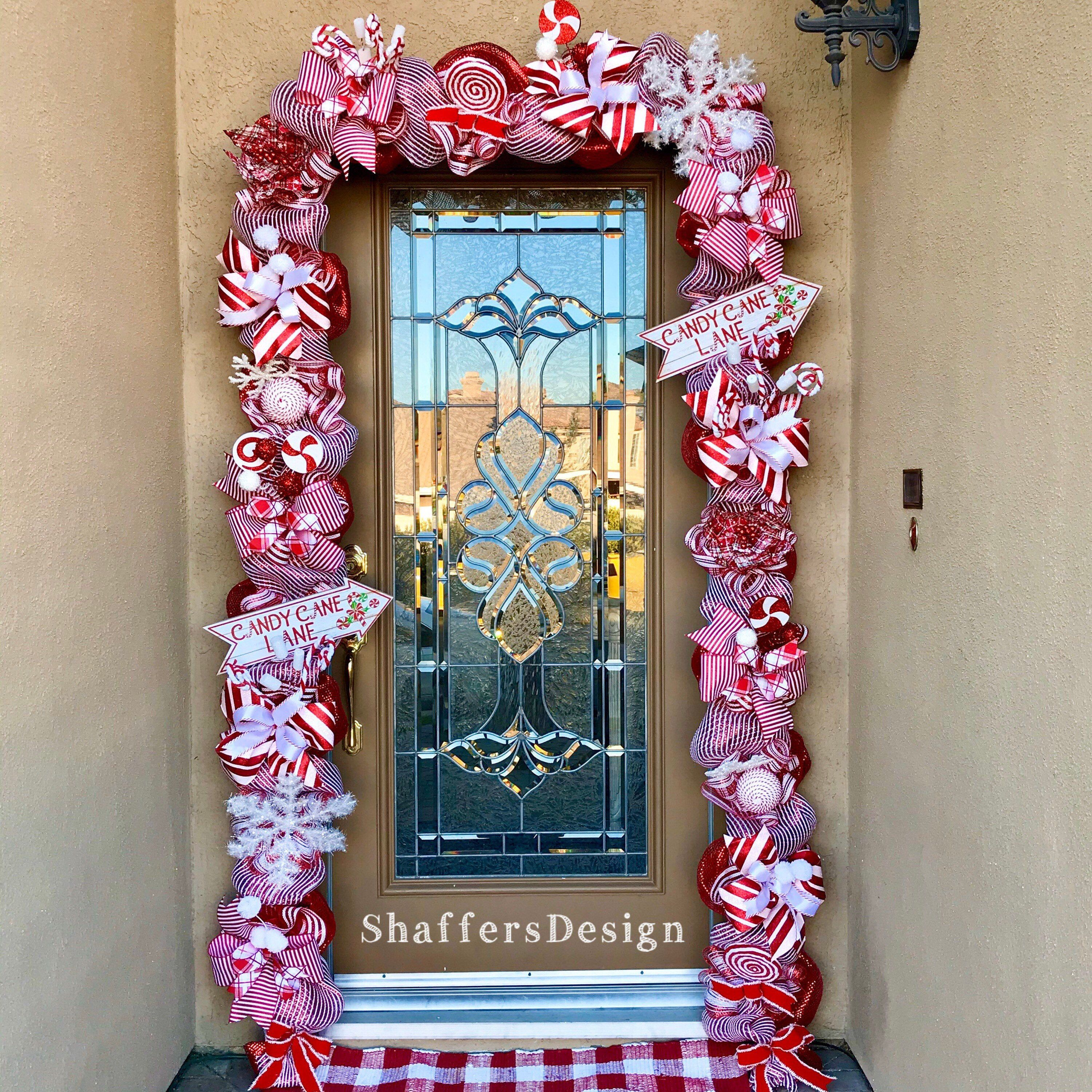 Outdoor Christmas Garland With Lights Red And White Christmas Door Decor Christmas Front Door Garland With Lights Christmas Lights Garland Outdoor Christmas Garland Christmas Garland