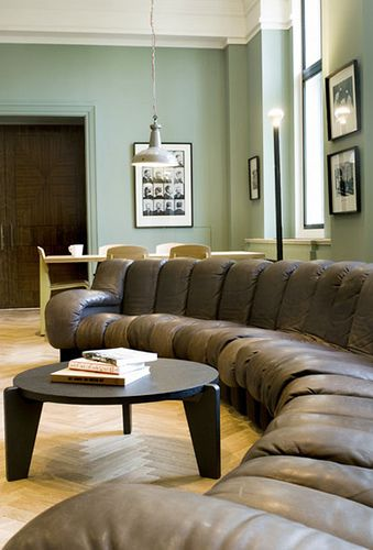 Blue Living Room Walls With Brown Furniture Interior Design For Images Light Wall Couch Decorating Inspirations