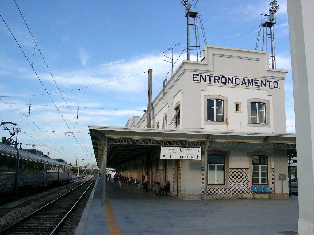 Estacao Do Entroncamento Portugal Comboios De Portugal Estacao De Comboios Portugal