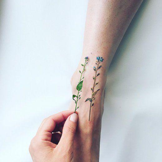 Niezwykłe kwieciste tatuaże - 16