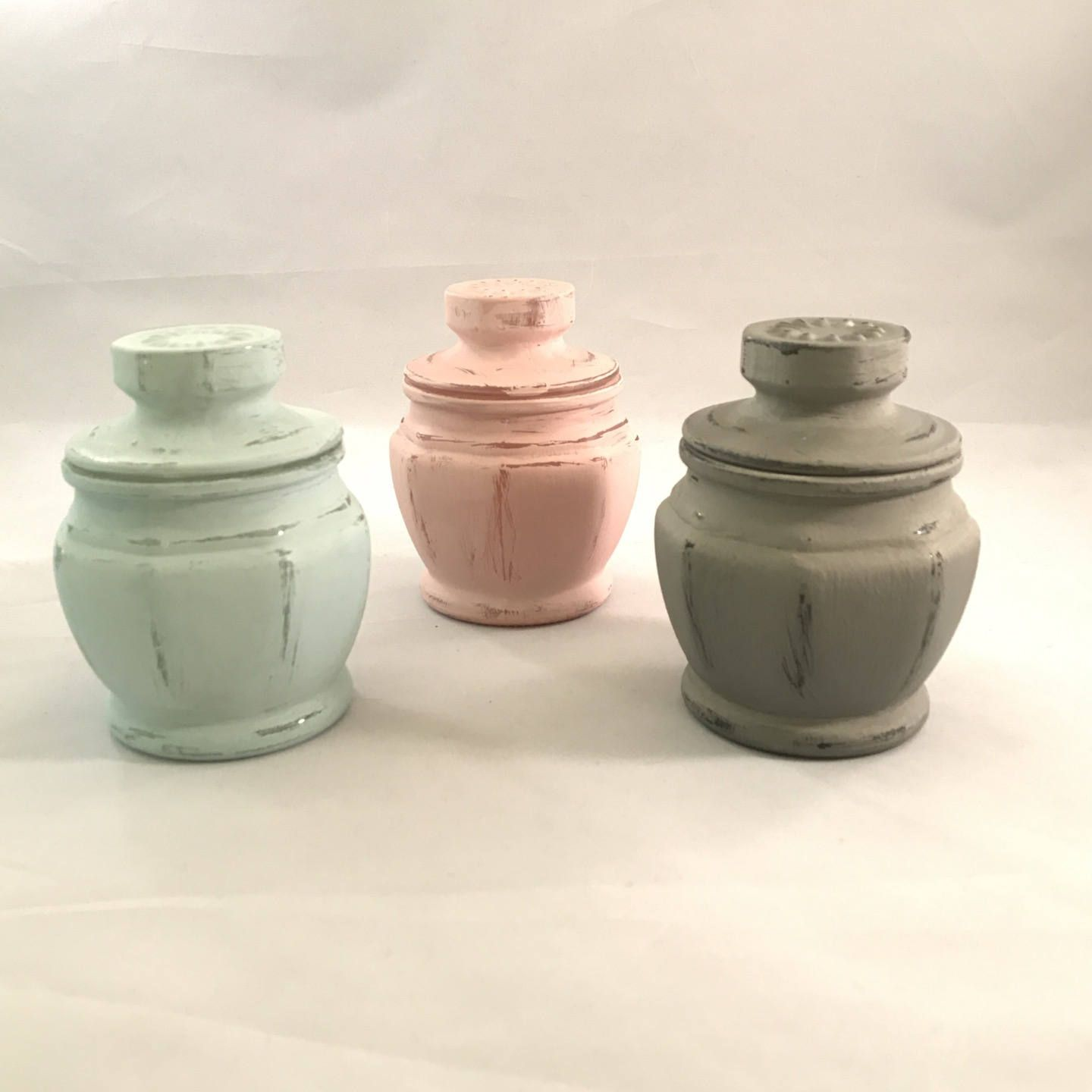 Soy Wax Candle In A Distressed Apothecary Jar. 4 Colors To