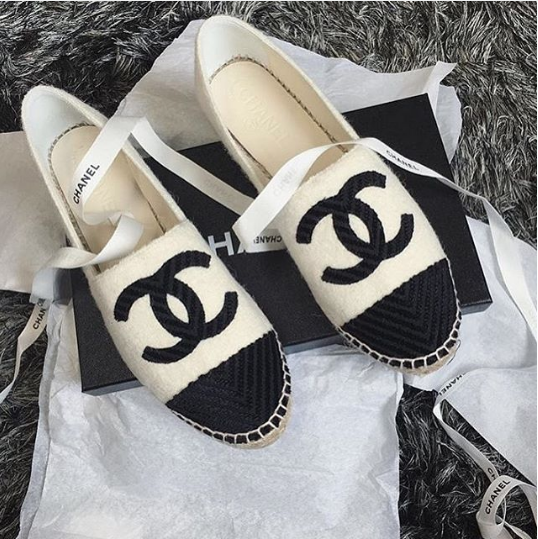 94f9eaaa625 Chanel Black/White Fabric Espadrilles | Chanel in 2019 | Chanel ...