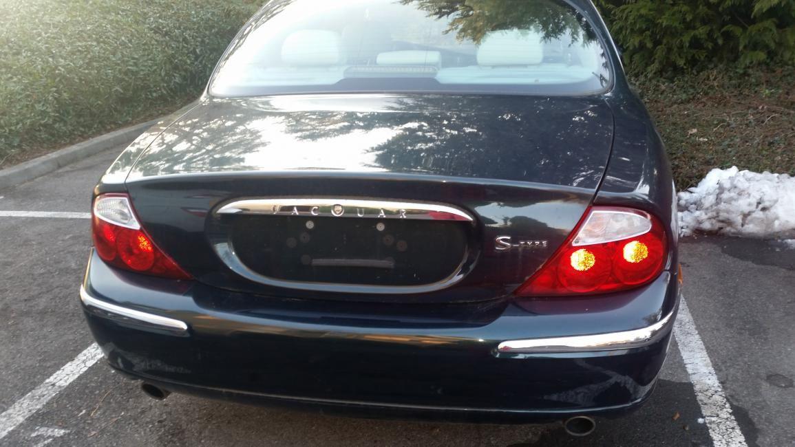Jaguar stype 4.0 v8 , 1999, 150'000 km Très bon état