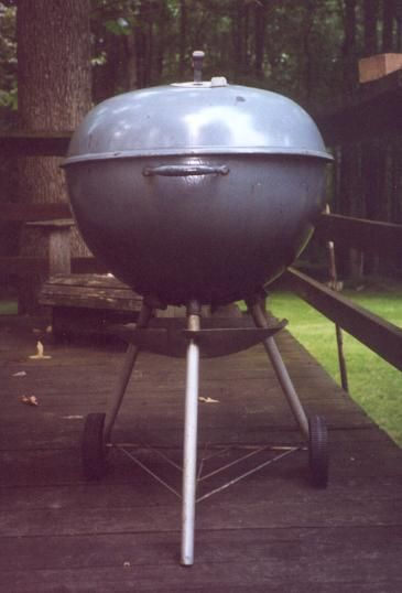 1 Begin By Removing The Legs From Your Old Weber Kettle Bbq Fire Pit Backyard Kettle Bbq Diy Backyard