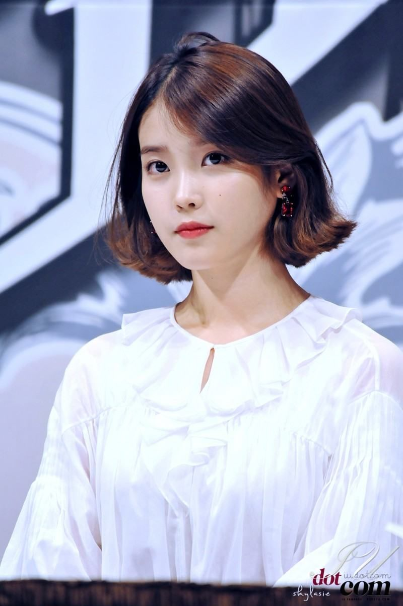 These Pictures Prove Iu Has Perfected The Short Hair Style Koreaboo Iu Short Hair Iu Hair Hair Styles