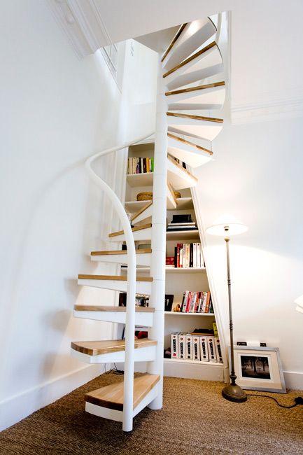 Mon escalier est parfait je l 39 adore un blog sur les escaliers staircases combles for Escalier colimacon gain de place