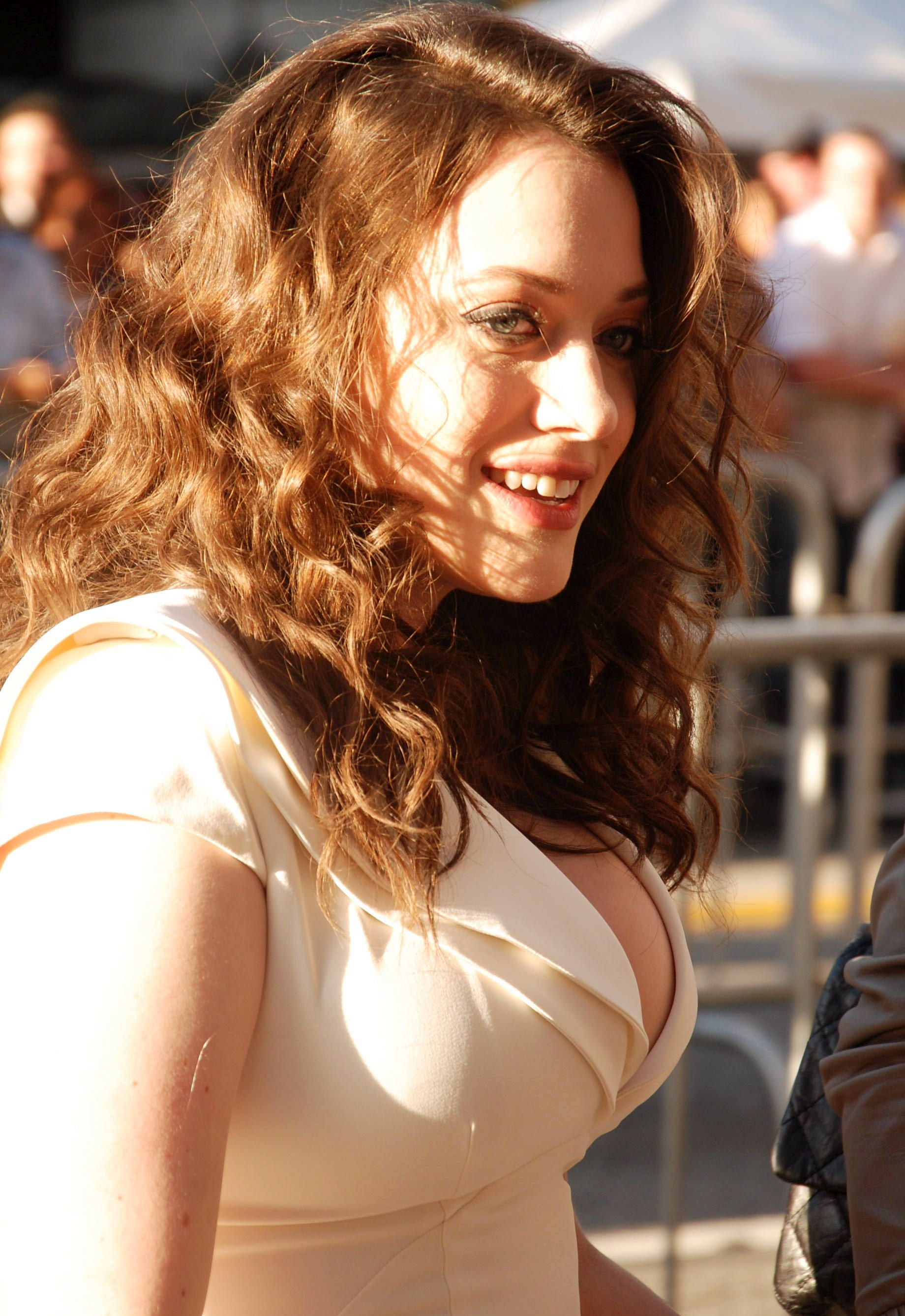 Kat Dennings Hometown Philadelphia Pa Occupation Actress Background Says Shes A Billion Part Jewish And I Dont Think I Have Any Relati