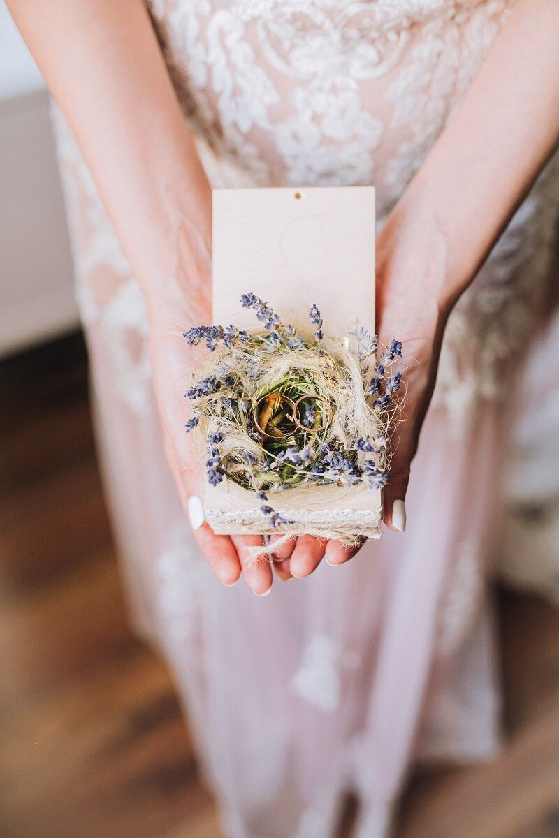 50 Kreative Ringkissen Alternativen Hochzeitskiste Ringkissen Hochzeit Boho Hochzeit Hochzeit Kissen