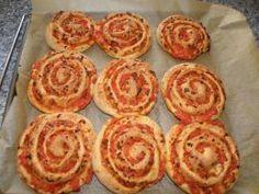Fertig gebackene Pizza-Schnecken