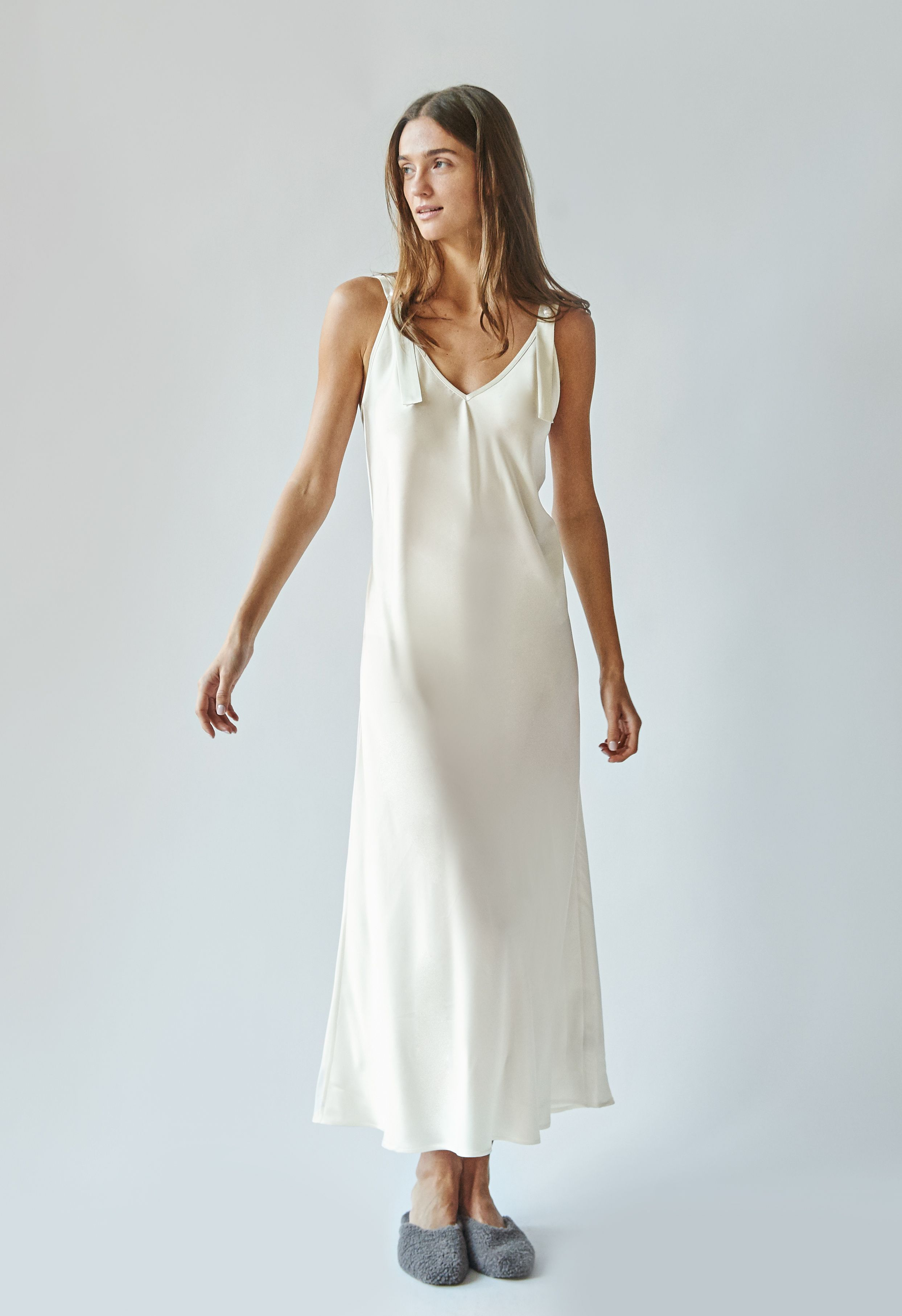 White Camellia Silk Slip Dress With Pearls Slip Dress Silk Slip Dress Dresses [ 3627 x 2487 Pixel ]