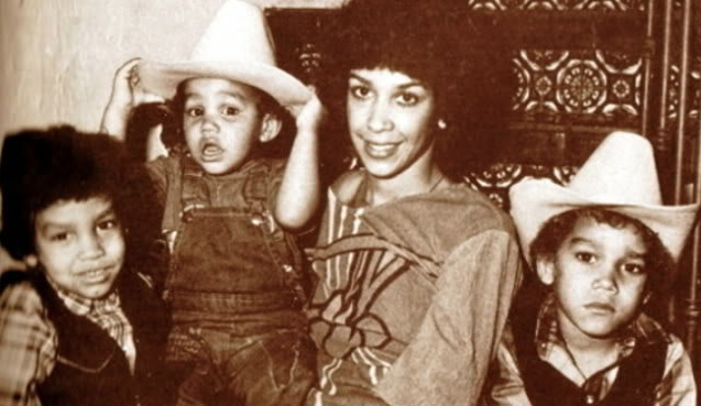 Delores Dee Dee Martes With Her Sons Taj Tj And Taryl Jackson