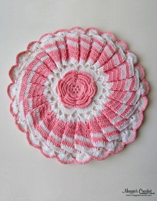 Pretty in pink vintage crochet potholder | Potholders | Pinterest ...