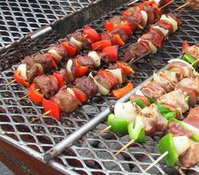 Delicious Grilled Veggie and Steak Kebabs, great for all phases of Ideal Protein. Perfect appetizer for 2, we love to barbeque them to make the beef even more tender and tasty. Phase 1 compliant and all other phases of the Ideal Protein diet. #idealproteinrecipesphase1dinner