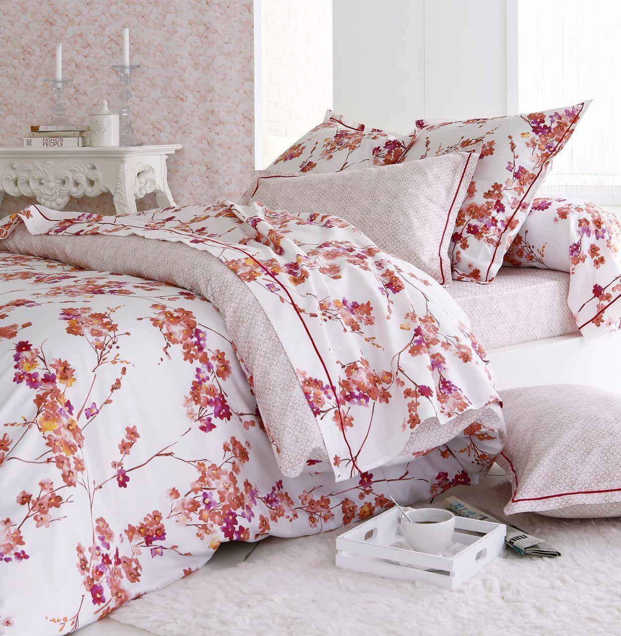 housse de couette blossom satin de coton motifs fleurs. Black Bedroom Furniture Sets. Home Design Ideas
