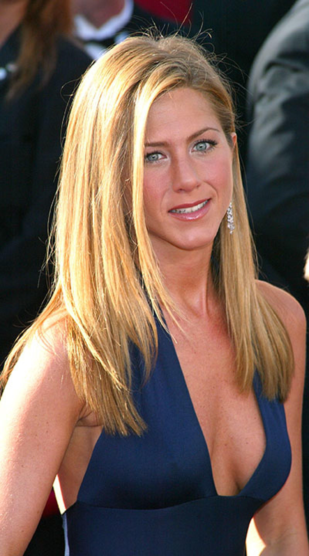 Jennifer Aniston, a sus 44 años sigue luciendo cuerpazo en ...