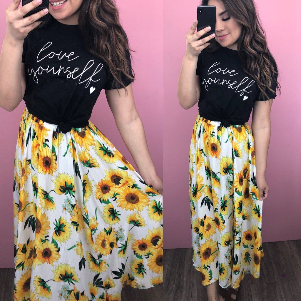 Sunflower Skirt Summer Skirt Outfits Moda Modesta Modest Fashion Modest Outfits Sunflower Dress Modest Summer Outfits Modest Dresses Modest Outfits [ 1024 x 1024 Pixel ]