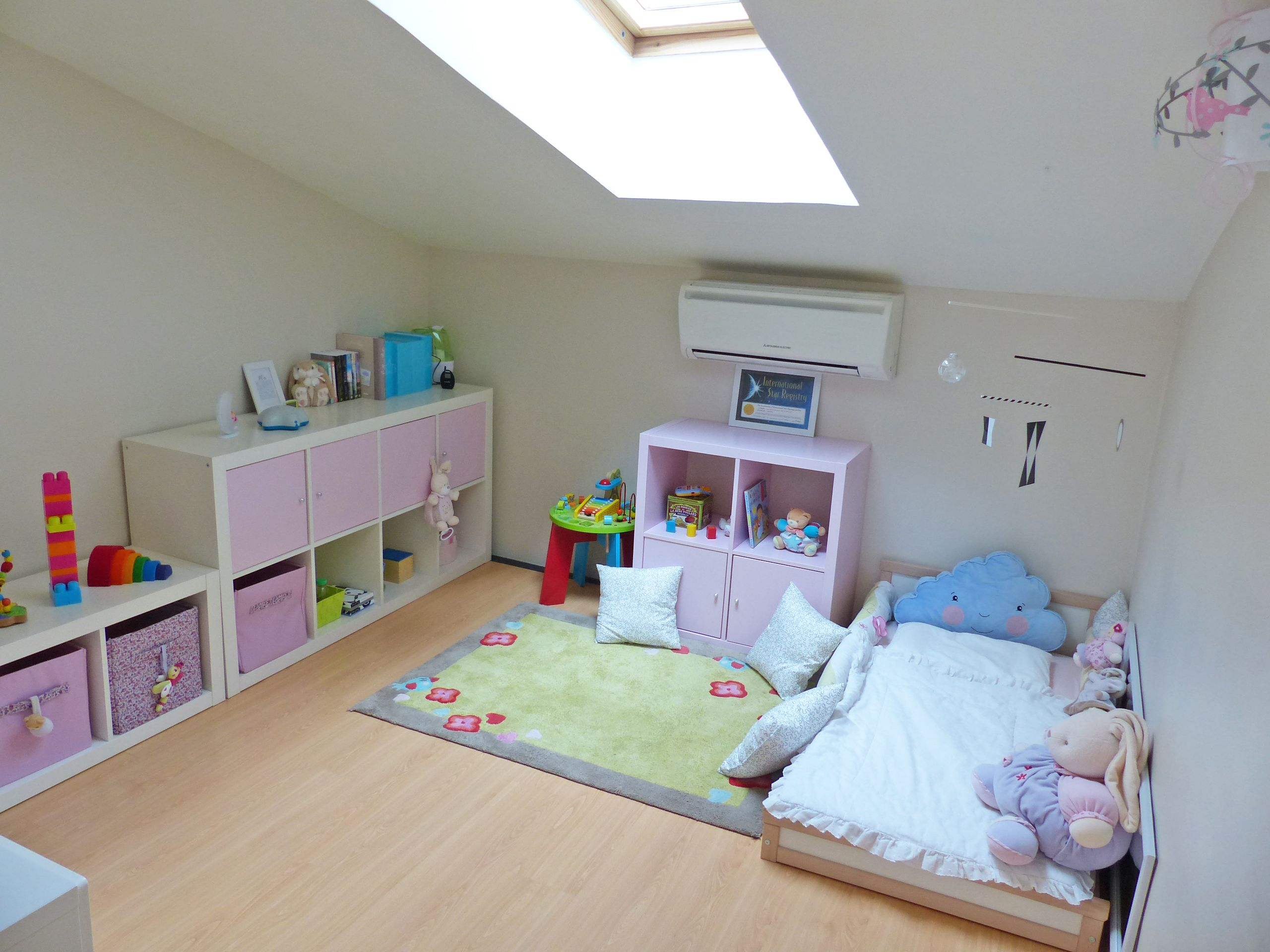 Chambre Montessori Ikea Montessori Inspired Bedroom Ikea Child Bed Hack