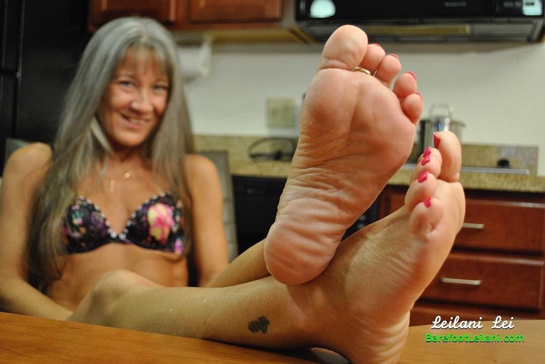 Milf and feet