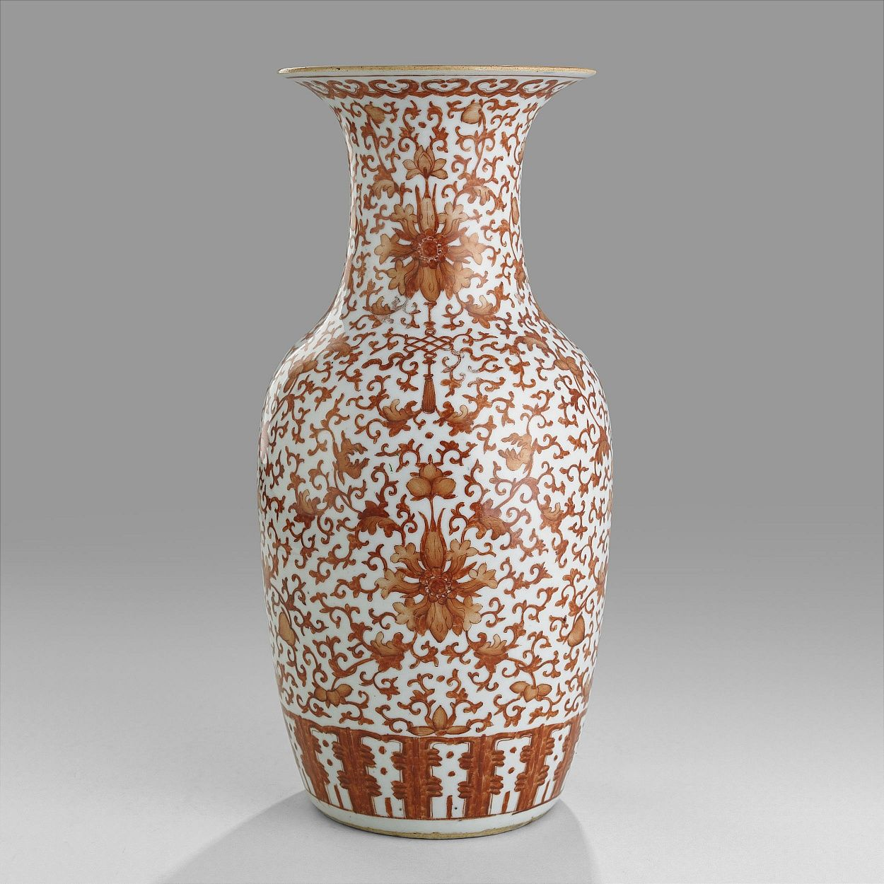 An Iron-Red Vase, 19th century, Qing dinasty