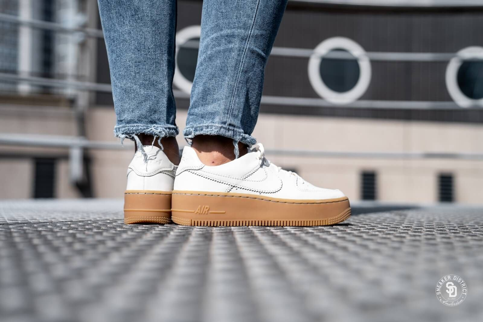 Nike Women's Air Force 1 Sage Low LX Pale Ivory/Gum