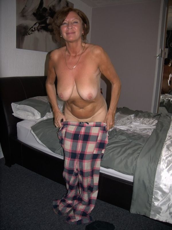 Oops my wife naked
