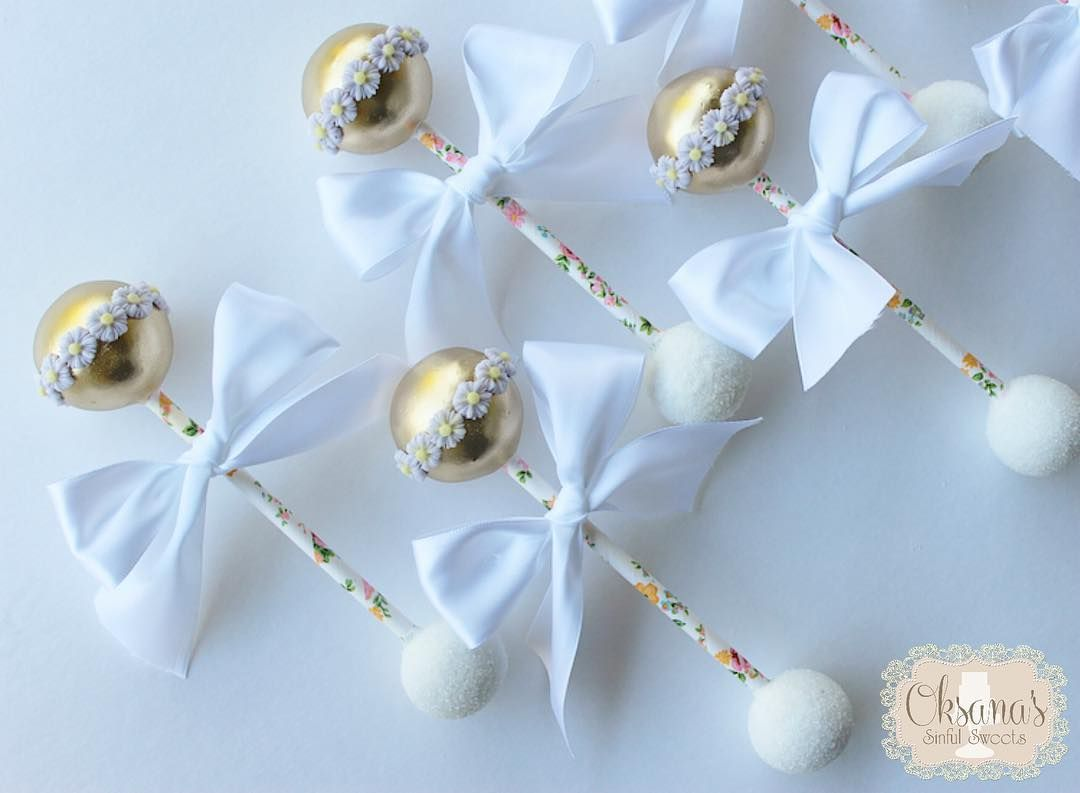 Totally Obsessed With These Adorable Cake Pop Rattles For A Babyshower! And  They Actually RATTLE