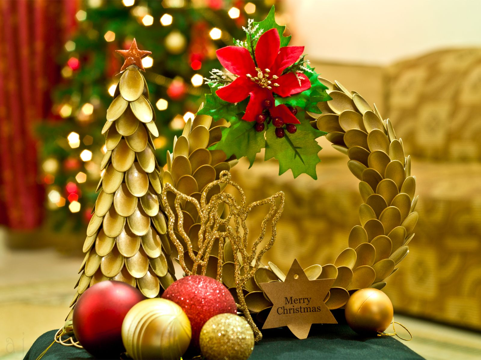 Miniature X\'mas tree & Wreath, made with disposable spoons ...