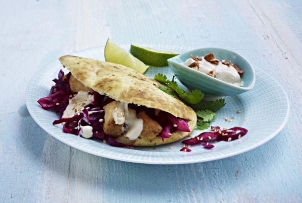Unser beliebtes Rezept für Naanbread mit Rotkohlsalat und mehr als 55.000 weitere kostenlose Rezepte auf LECKER.de.