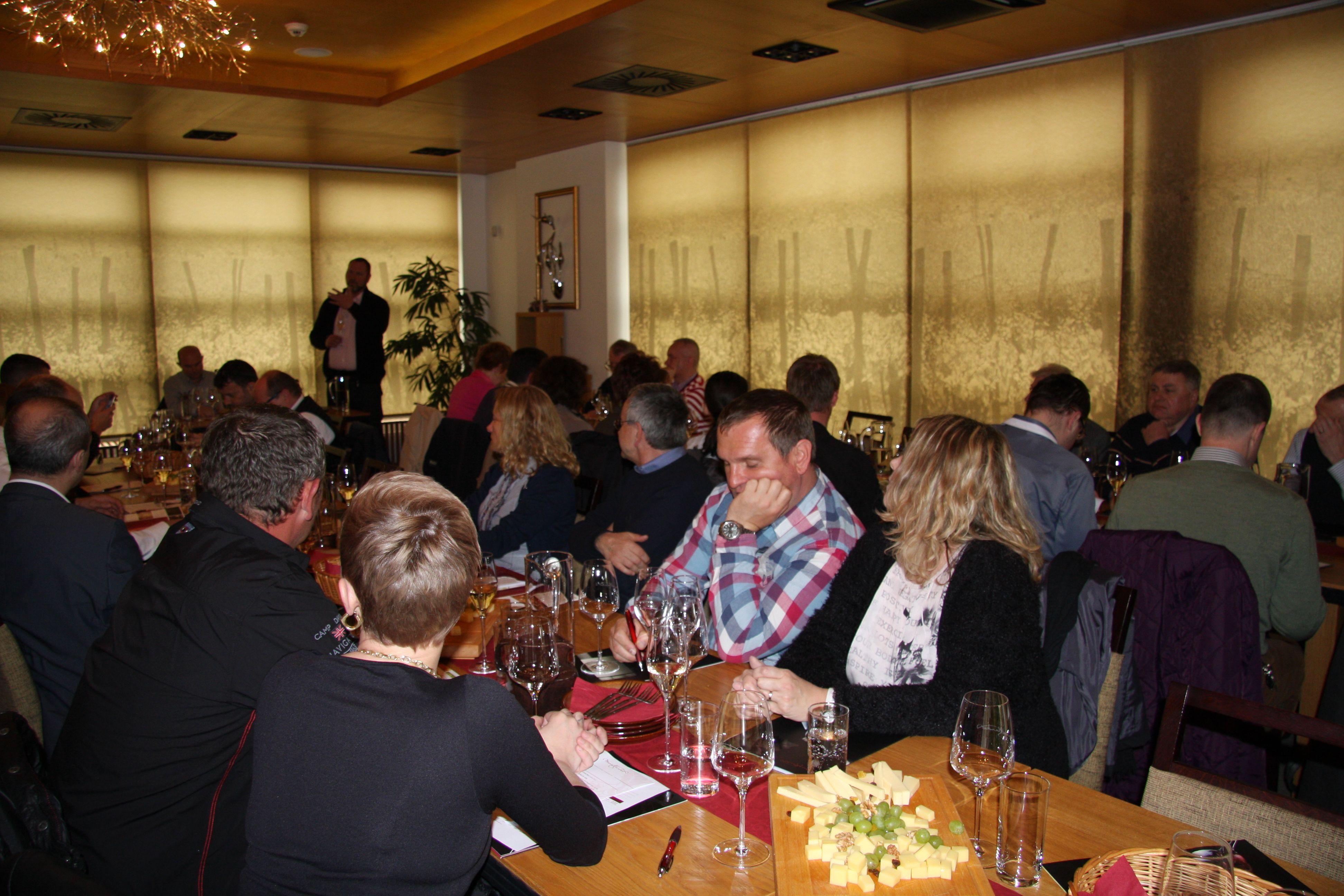 Prezentácia nového ročníka vinárstva Mrva & Stanko v Trnave ... Vladimír Mrva a Peter Stanko predstavili 22 nádherných vín ...www.vinopredaj.sk  #mrvastanko   #vinarstvo   #trnava   #chardonnay   #rizlingrynsky   #rizlingvlassky   #veltlinskezelene   #winery   #cachtice   #vinodol   #mrva   #stanko #winesfromslovakia   #dunaj   #pinotnoir   #cabernetsauvignon   #degustacia   #ochutnavka   #tasting   #inmedio   #obchodsvinom   #vinoteka   #muskatzlty   #chardonnay   #surlie   #vinohradnictvo