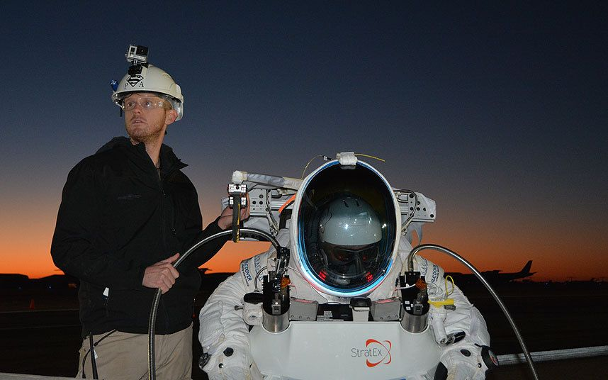 Google Executive Breaks Felix Baumgartner S Space Jump World