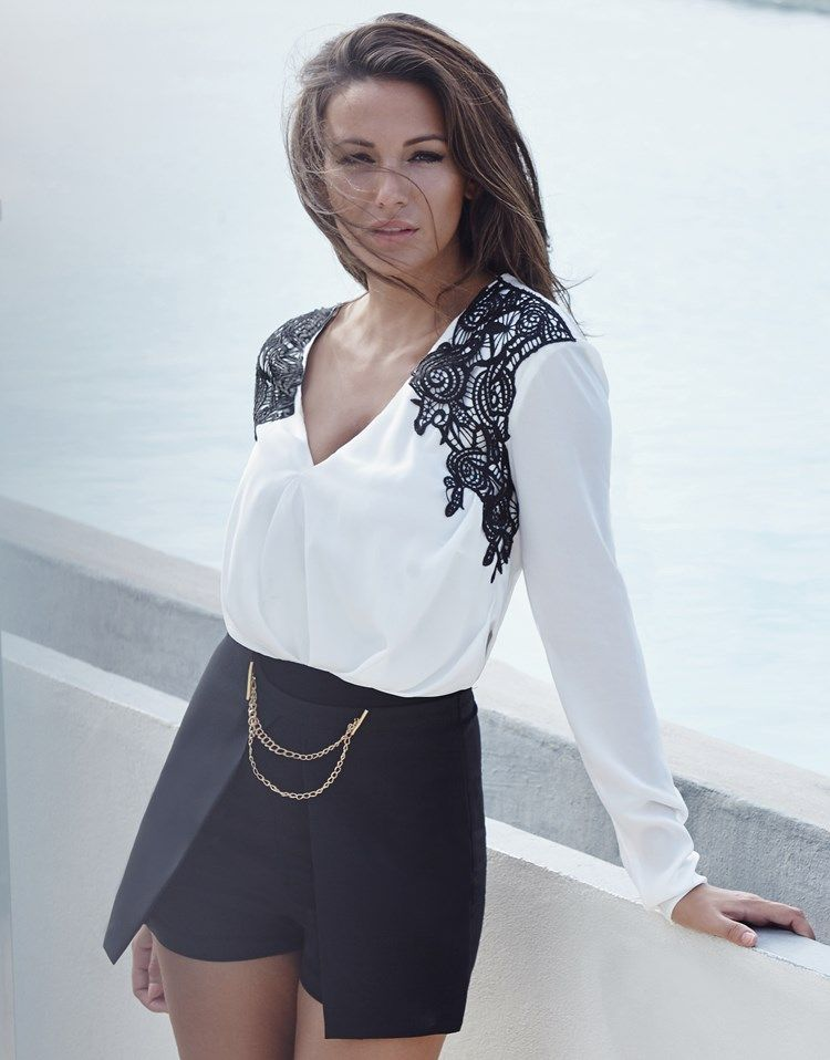 Lipsy Love Michelle Keegan Chain Detail Shorts