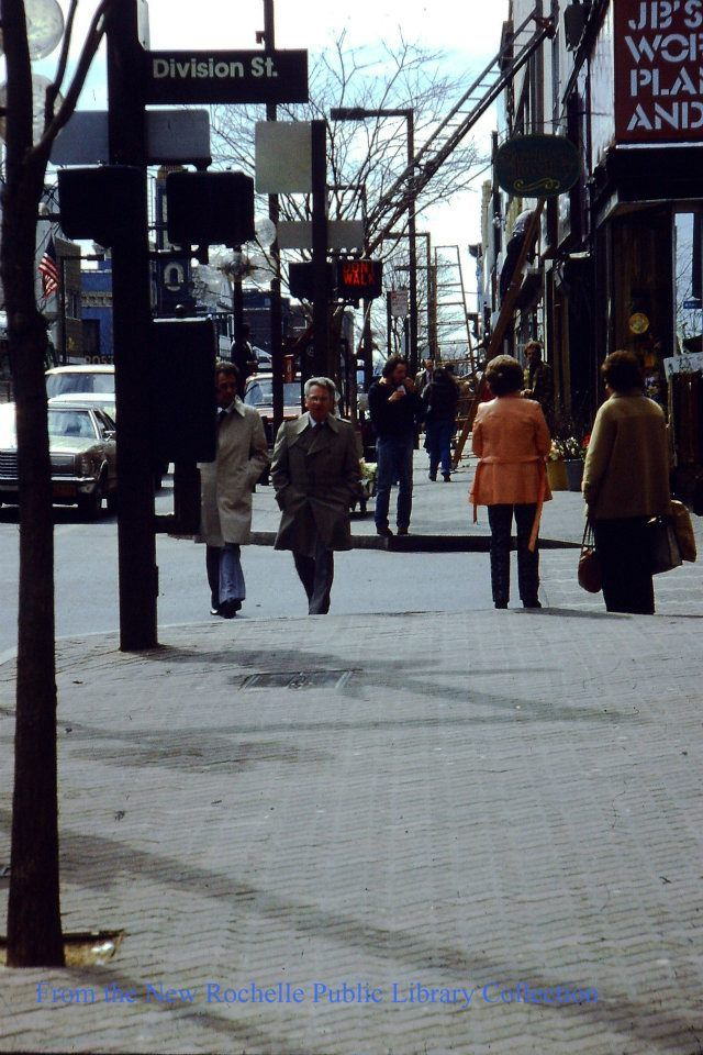 Main St Division St In New Rochelle In Early 80s New Rochelle Interesting History Hometown
