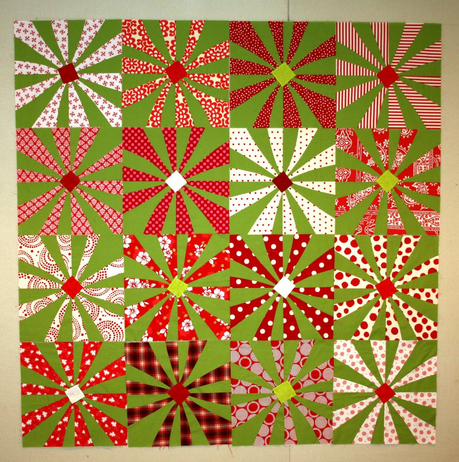 Christmas Quilt - You could use different colors and make it a Spring Quilt.