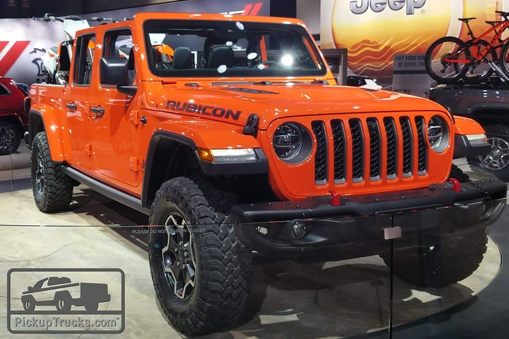 2020 Jeep Gladiator Is Gonna Be The Off Road Pickup Truck King Video Jeep Gladiator Wrangler Truck Pickup Trucks
