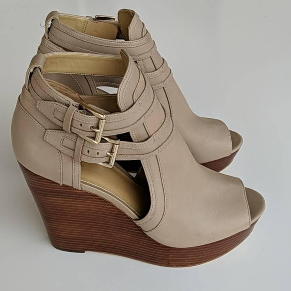 Michael kors sandals, Wedge sandals