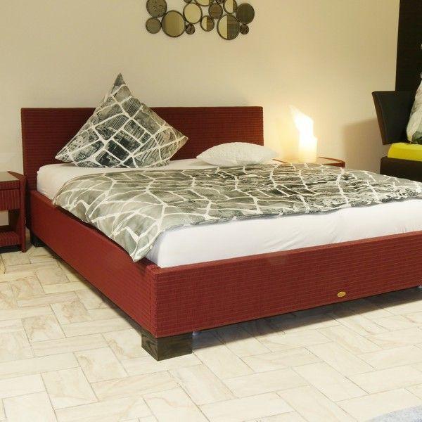 Betten fertigen wir individuell und preiswert nach Ihren