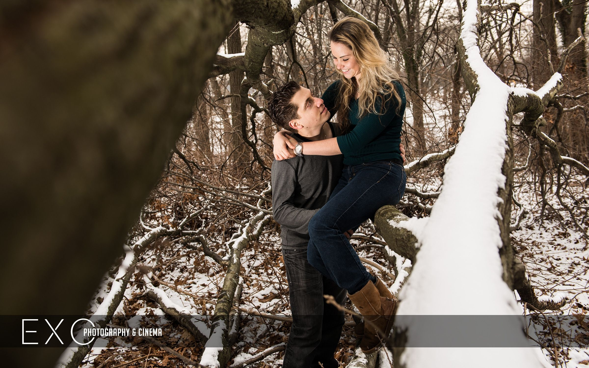 Winter, engagement photos, engagement, engagement photoshoot, winter engagement photoshoot, fiance, snow theme engagement session