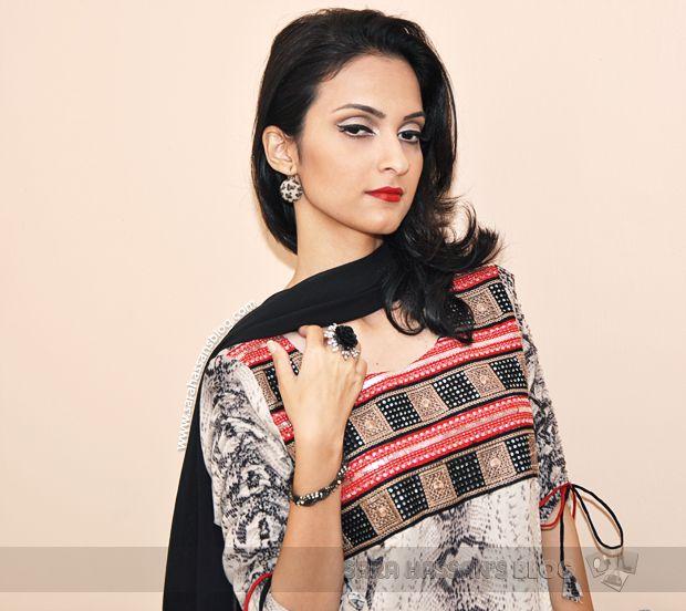 Pakistani Beauty Blog, Reviews & Swatches