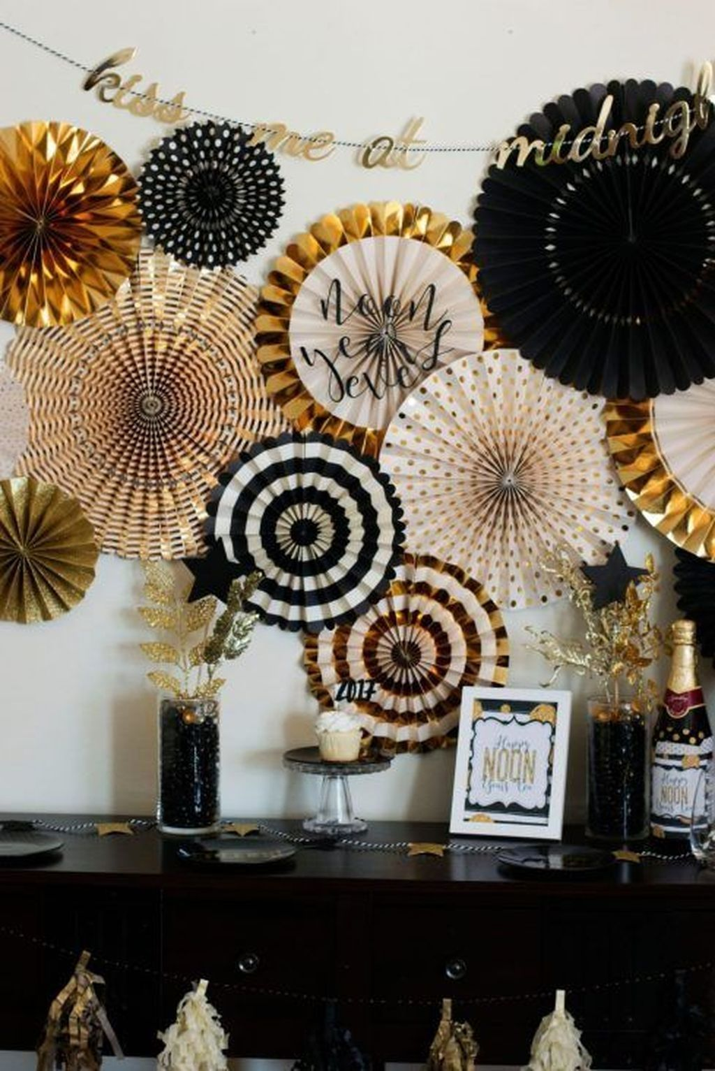 20+ Fancy New Years Eve Party Ideas For Your Inspiration