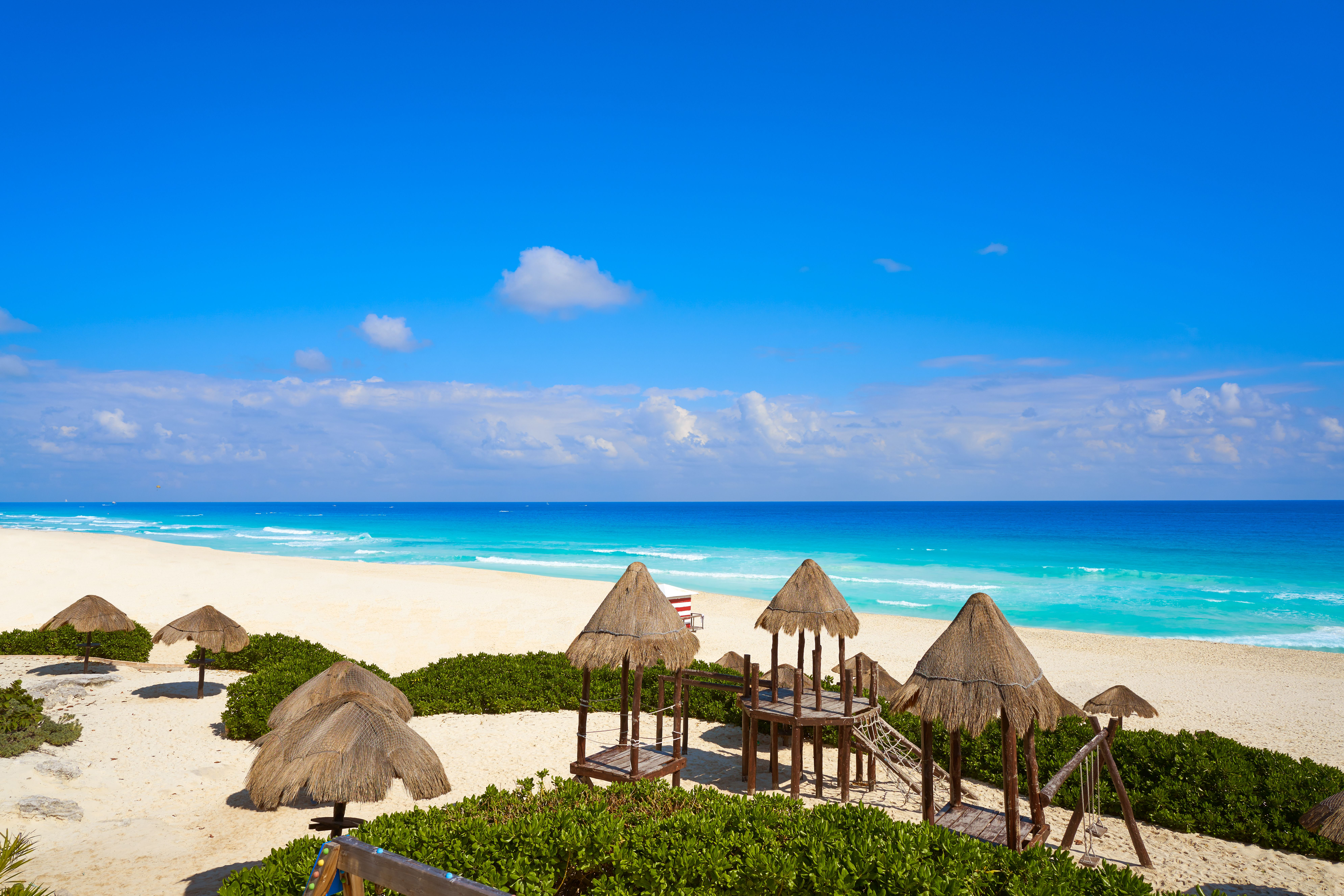 The Best Time To Visit Cancun In 2018 Visit Cancun Top 10 Vacation Spots Top Vacation Spots
