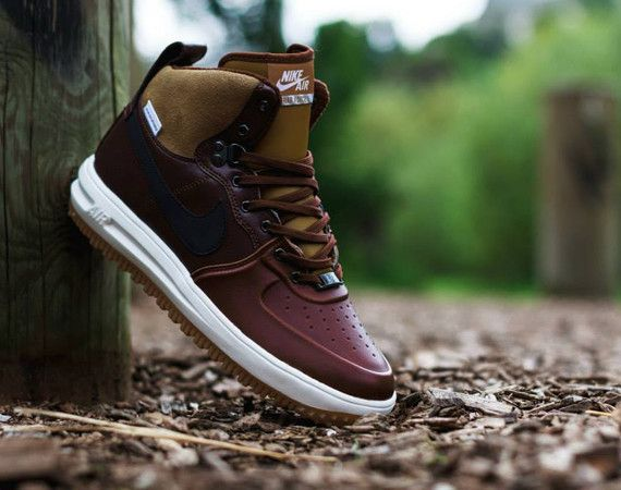 Put Your Root Down In A 'Barkroot Brown' Nike Lunar Force 1 Sneakerboot -