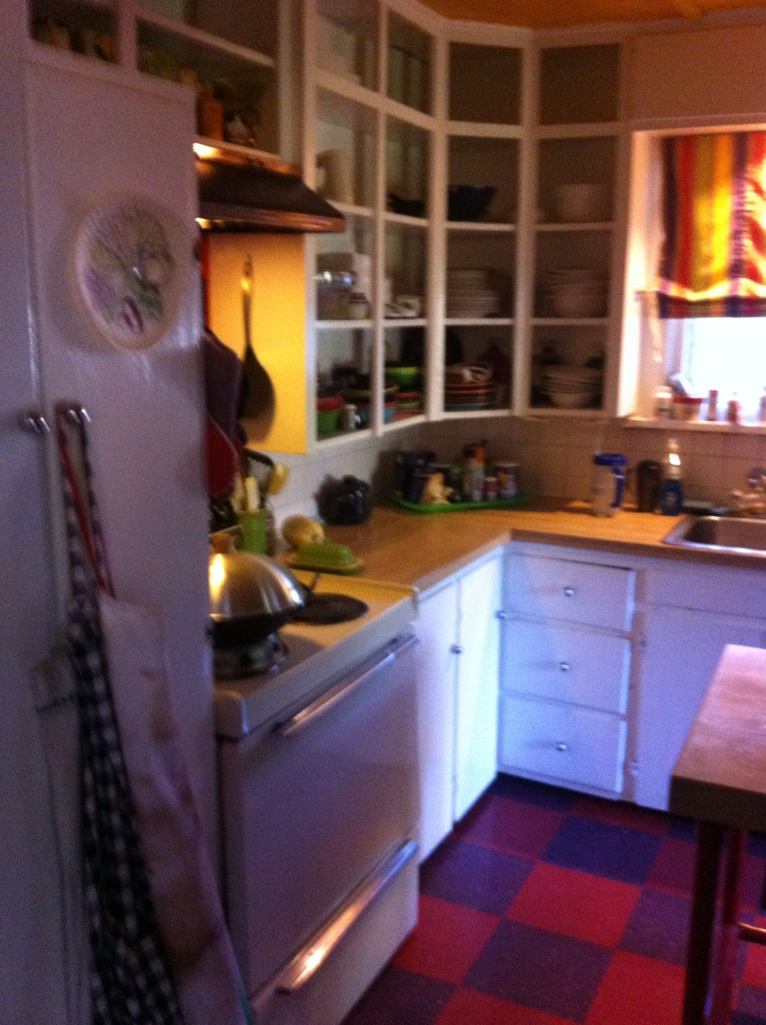 My Small 100sq Ft Kitchen Before Like The Curved Corner Cabinets