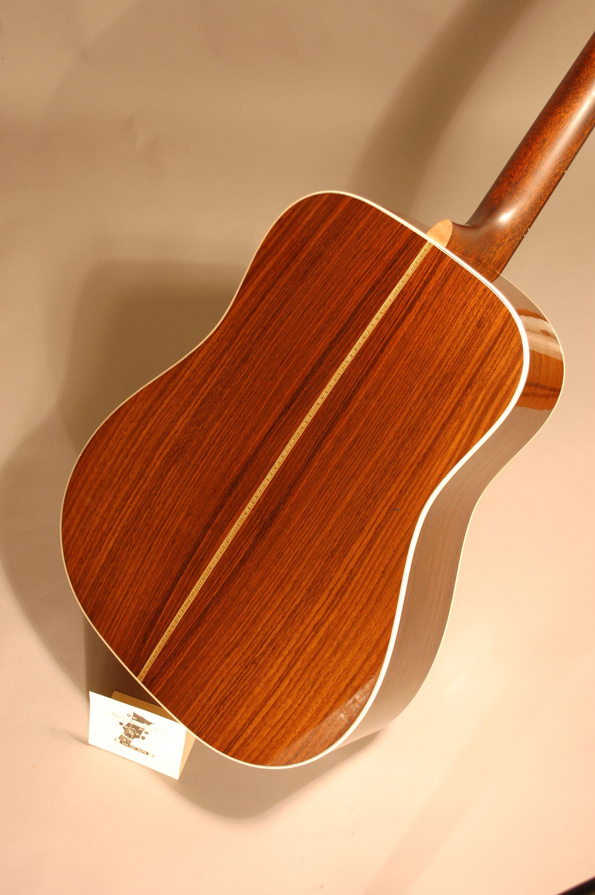 martin hd 28 2r vintage acoustic guitars for sale acoustic guitar for sale guitars for sale. Black Bedroom Furniture Sets. Home Design Ideas