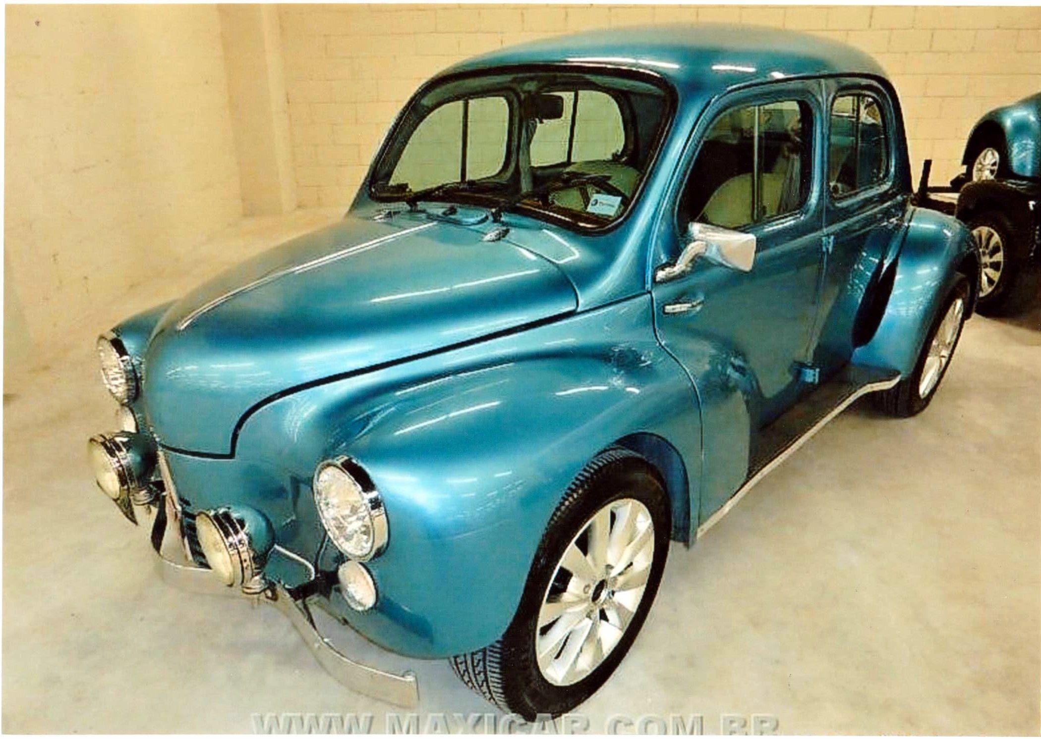 4 Cv Custom Voitures Retro Groupe Automobile Automobile