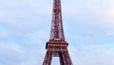 Sightseeing In Paris (Versailles Do Or Die)