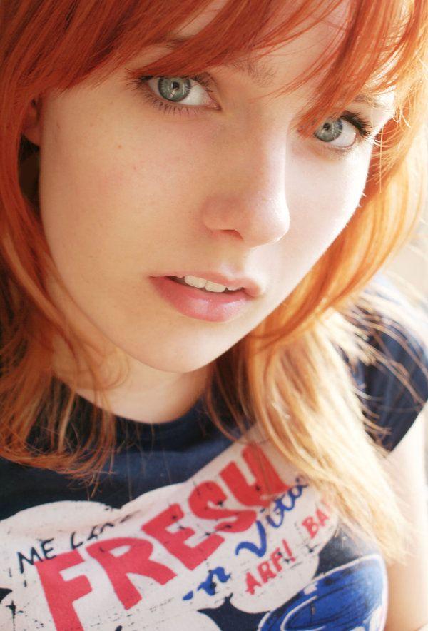 Pin By Thom Hanzo On Hello Redhead Fire Hair Redheads Beautiful Eyes