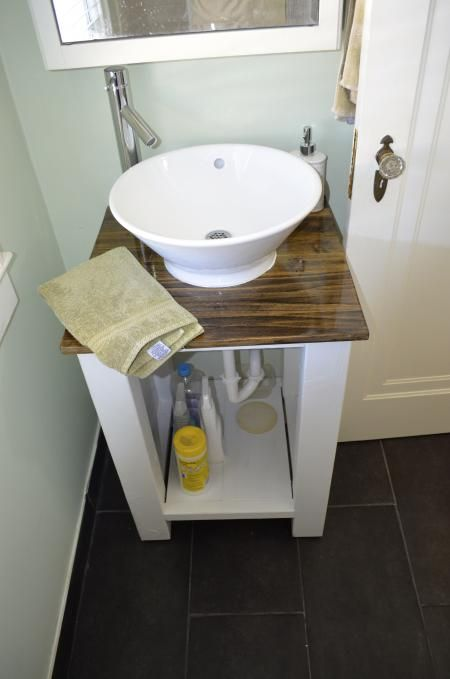 an updated bathroom vanity do it yourself home projects from ana white bathroom ideas. Black Bedroom Furniture Sets. Home Design Ideas