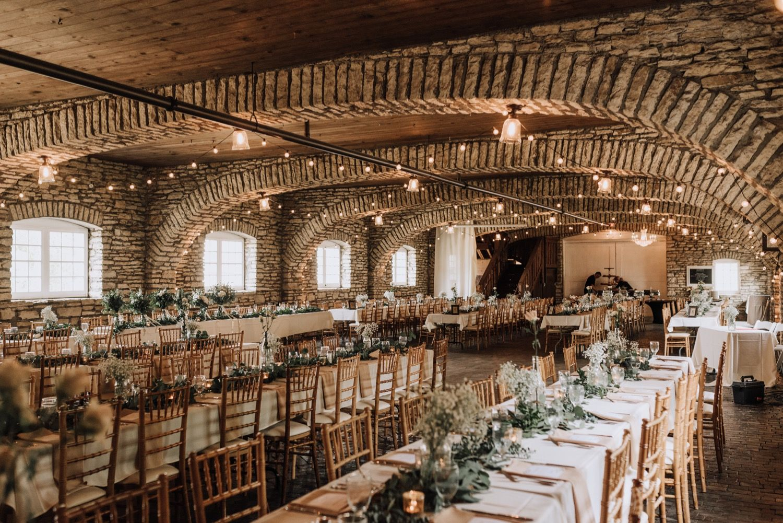 Mayowood Stone Barn Wedding Photos In Rochester Minnesota Barn