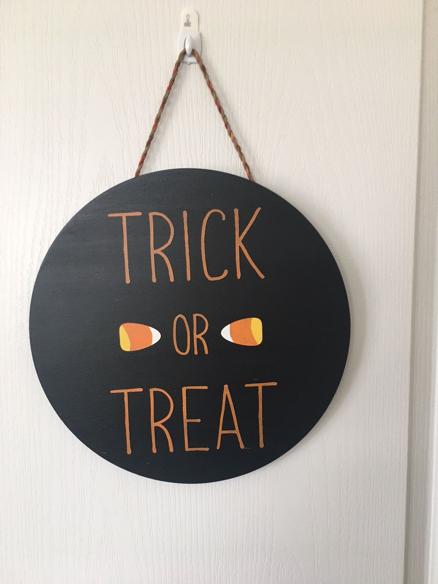 Trick or Treat Circle Sign Front Door Decor Halloween